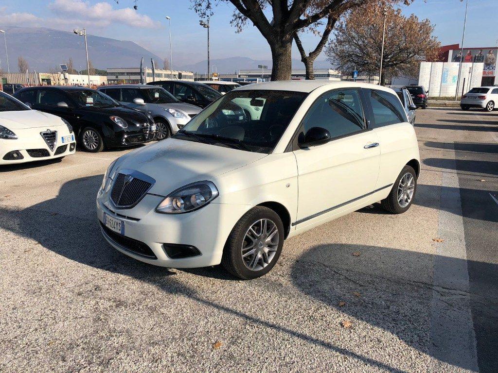 Lancia ypsilon 1 3 mjt 75 cv diva diesel usata marchi auto - Lancia diva usata ...